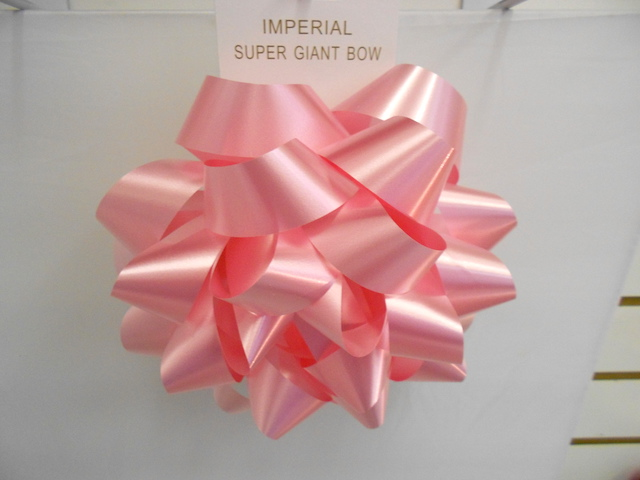 S7477: 9 Inch Pink Giant Bow
